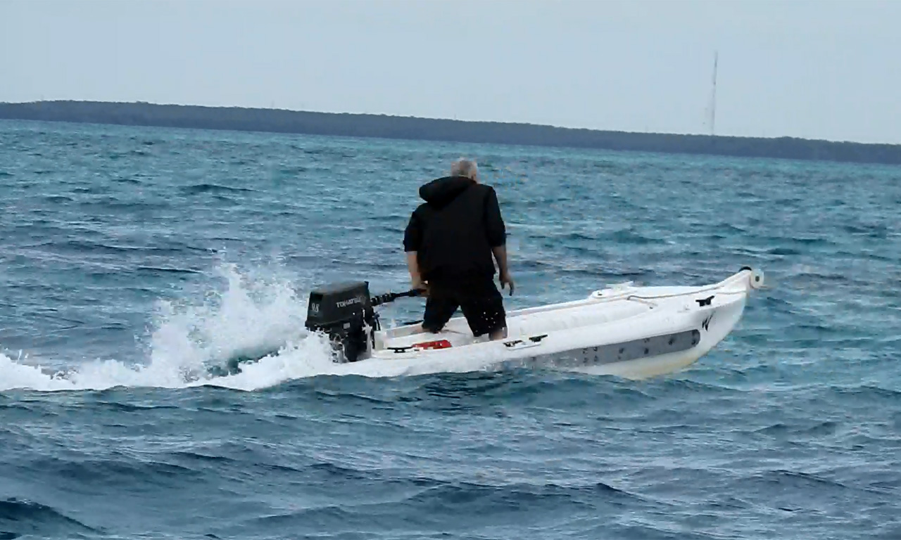 Wavewalk S4 powered by a 10 HP outboard motor, Key Largo