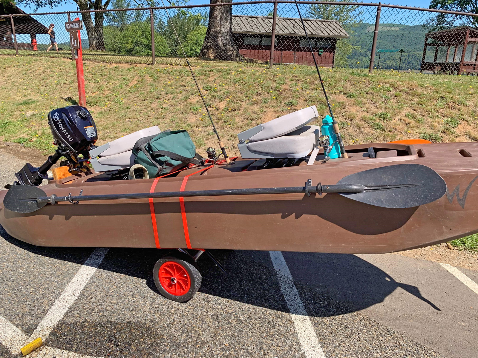 Wavewalk S4 microskiff with swivel seats
