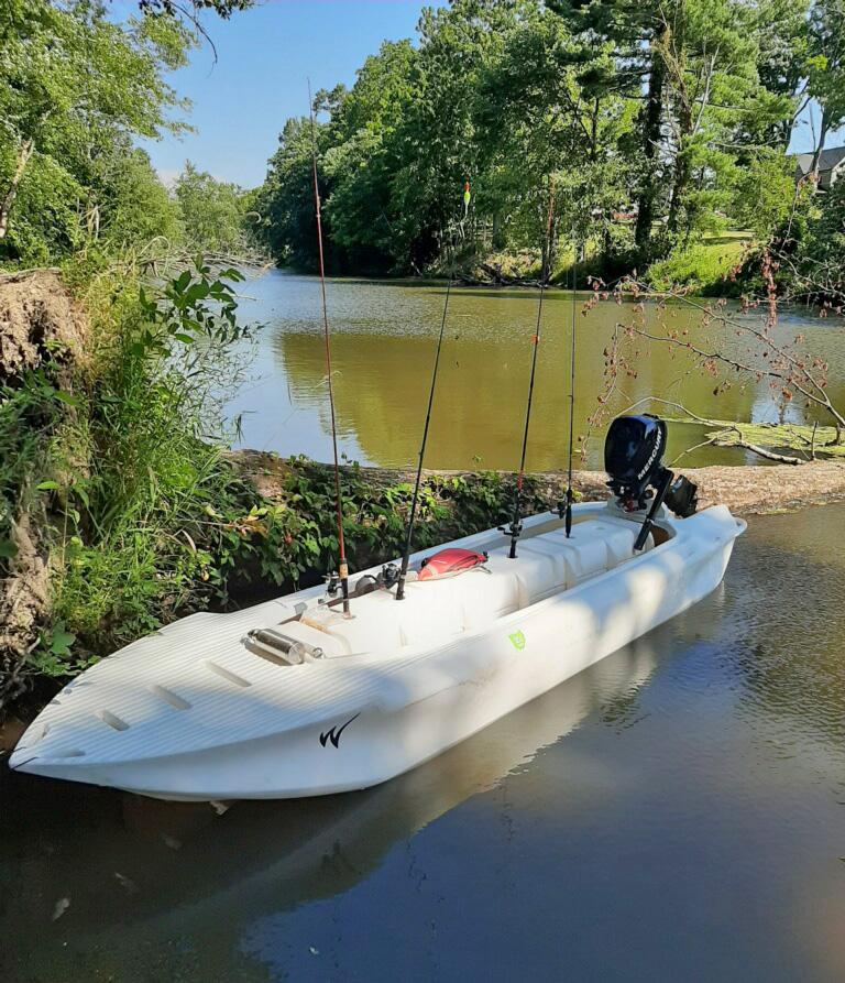 S4 microskiff with fishing poles- Ohio