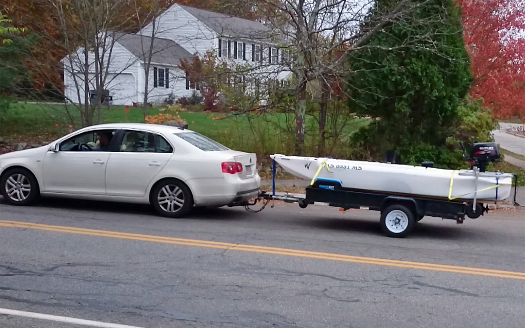 Wavewalk S4 offshore microskiff transported on trailer - Massachusetts
